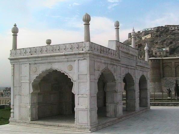270858-babur-s-tomb-2-0.jpg