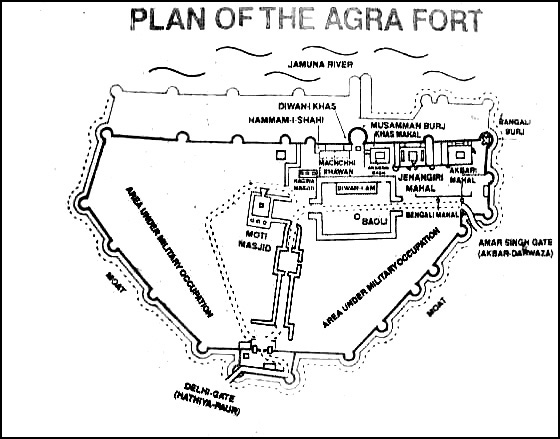 041227170130_plan_of_agra_fort12